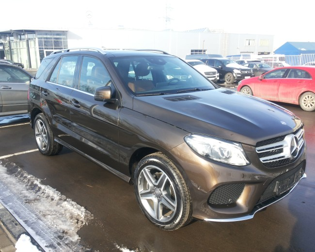 MERCEDES-BENZ GLE 300 4MATIC 2016гв